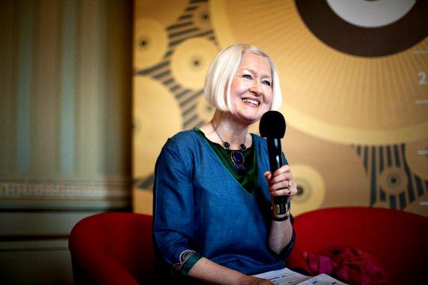 Christine-de-Luca