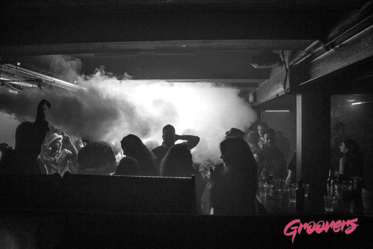 Groovers_closing